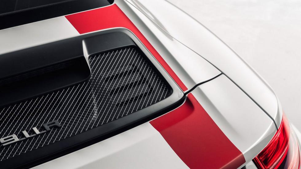 Nuevo Porsche 911 R trasera