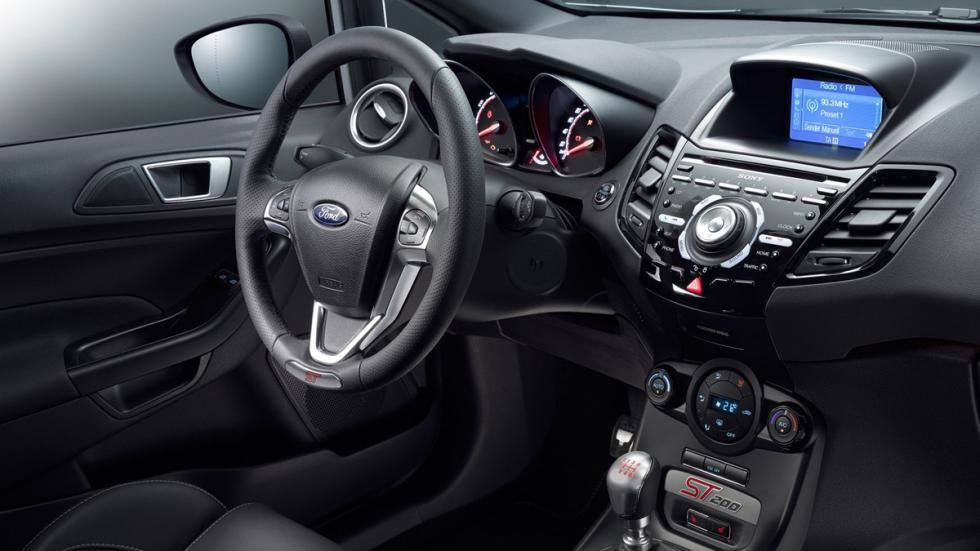 Ford Fiesta ST200 2016 volante