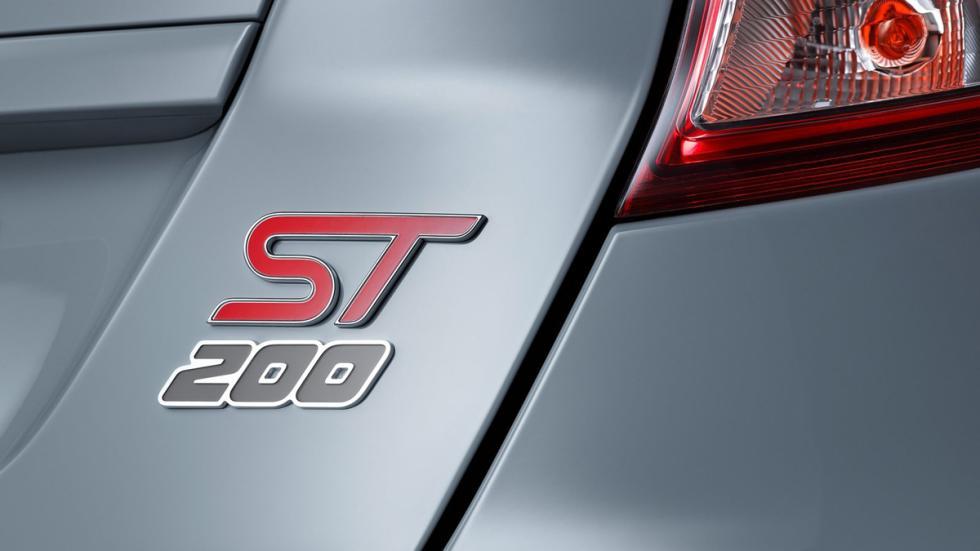 Ford Fiesta ST200 2016 logo
