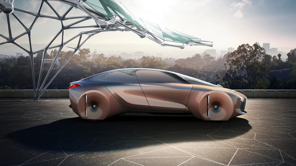 BMW Vision Next 100 lateral