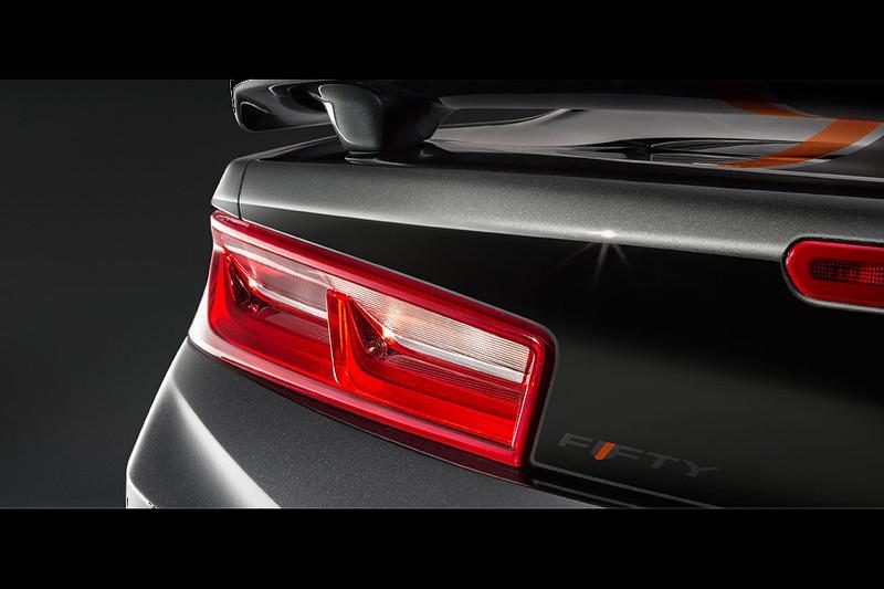 Chevrolet Camaro 50 Aniversario detalle