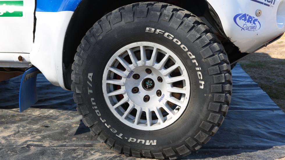 Prueba, Mitsubishi Montero Dakar, rueda