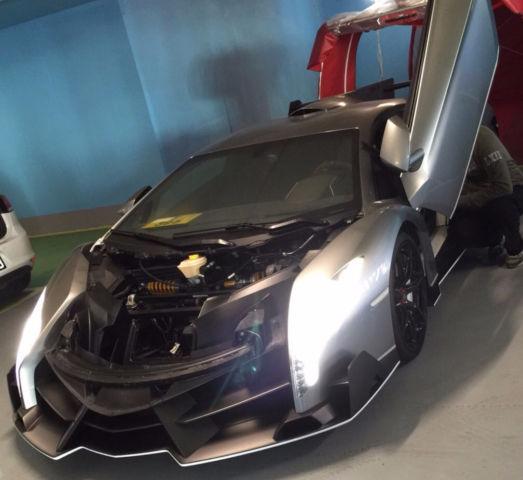 Lamborghini Veneno aérea