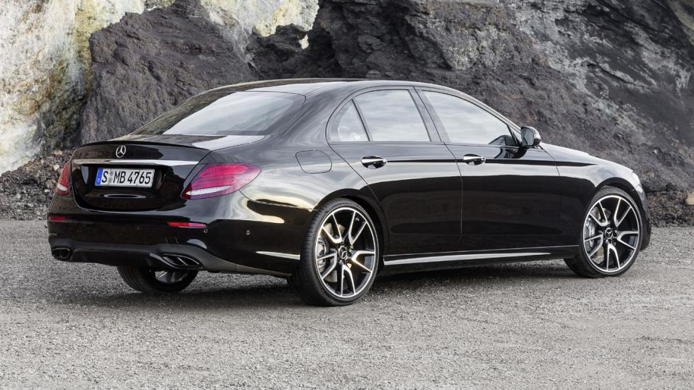 Mercedes-AMG E43 4Matic zaga