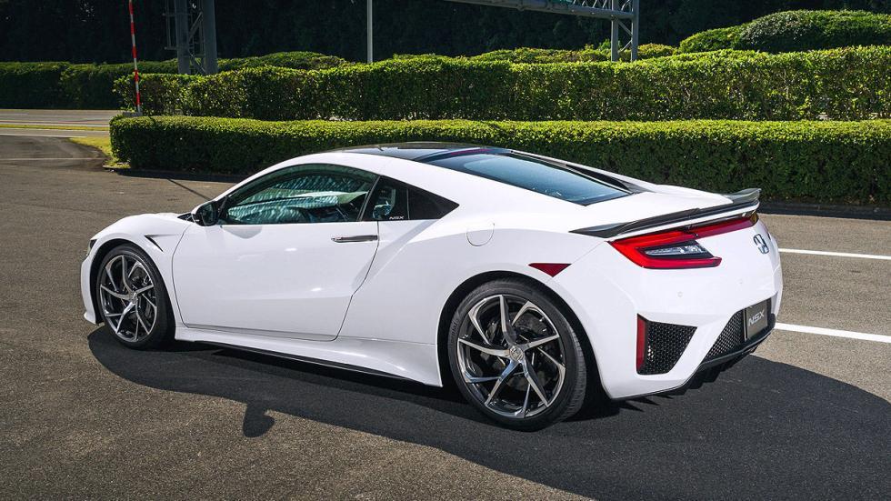 Honda NSX 2016 frontal pilotos