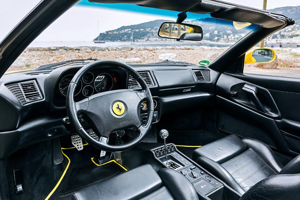 Ferrari F355 volante