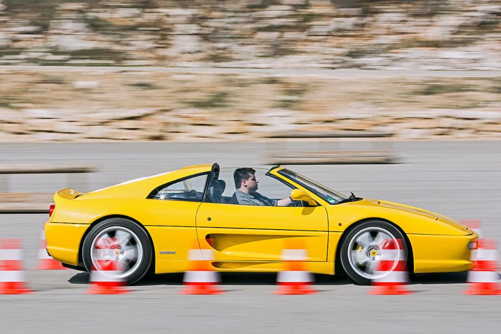 Ferrari F355 barrido