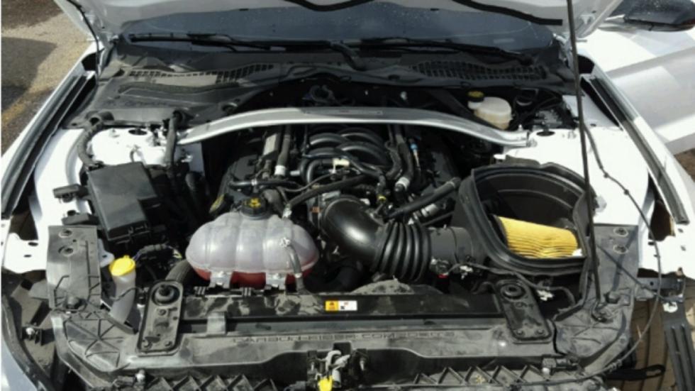 shelby-gt350-mustang-accidentado-motor