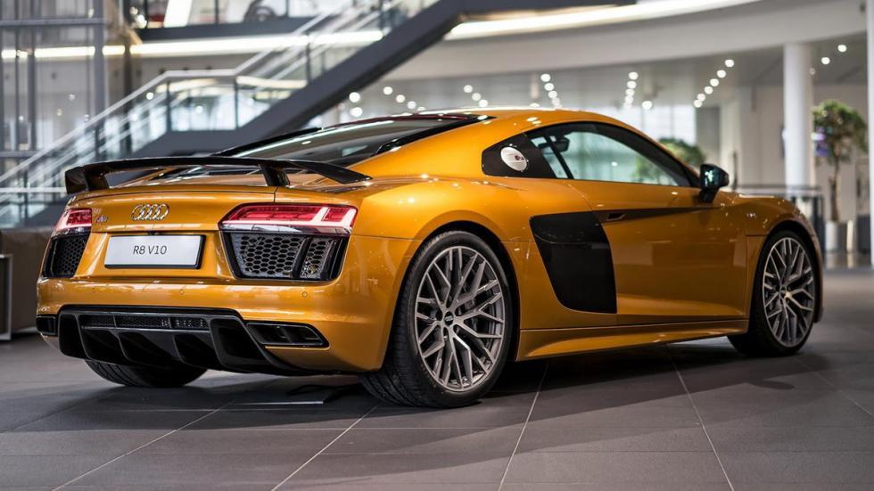 Audi R8 V10 plus personalizado por Audi Exclusive zaga