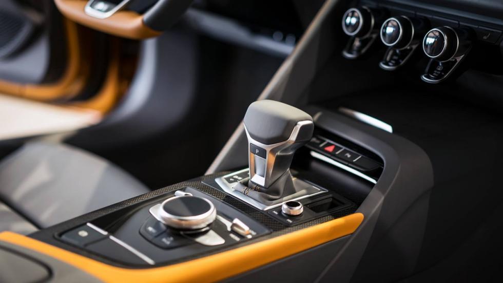 Audi R8 V10 plus personalizado por Audi Exclusive consola