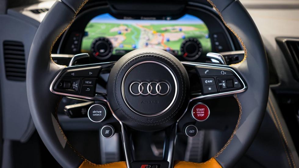 Audi R8 V10 plus personalizado por Audi Exclusive volante