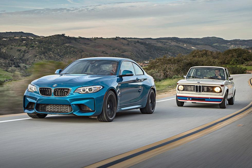 24 Duelo de ayer y hoy: BMW M2 vs BMW 2002 turbo