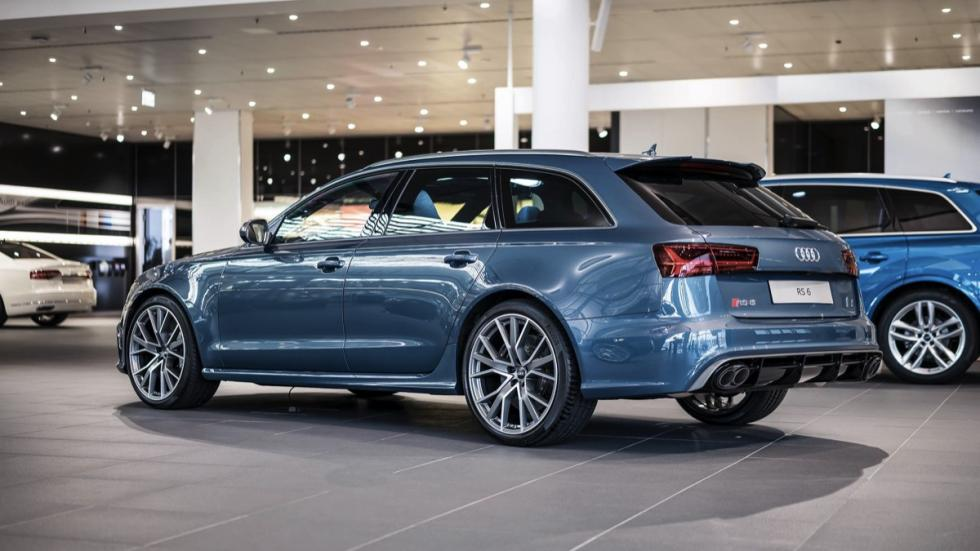 Audi RS6 Performance Polar Blue Metallic tres cuartos traseros