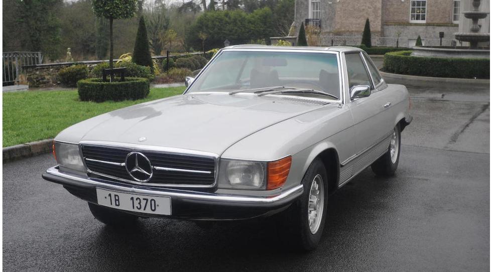 Mercedes SL del dictador rumano Ceausescu tres cuartos delanteros