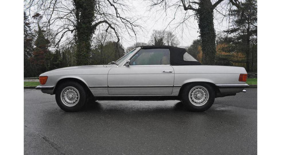Mercedes SL del dictador rumano Ceausescu lateral
