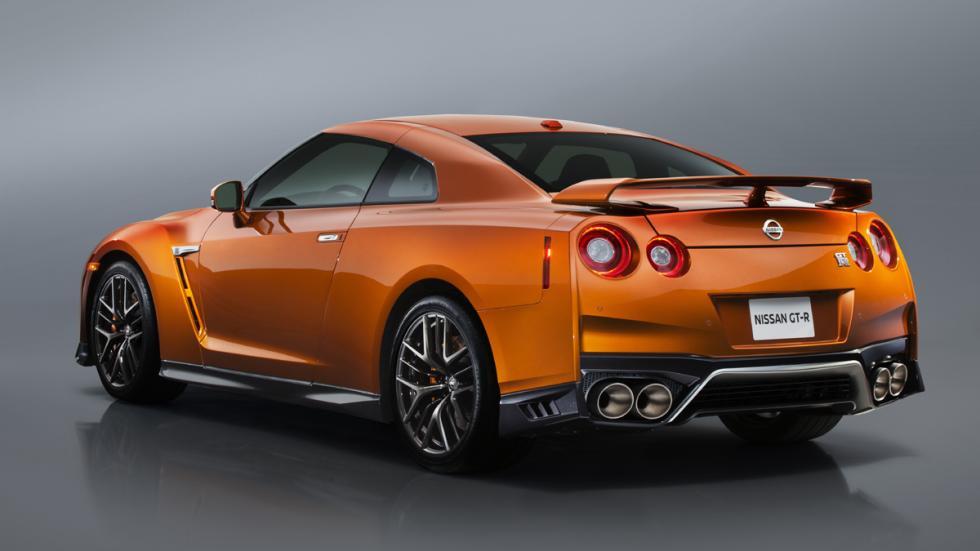Nissan GT-R 2017 tres cuartos