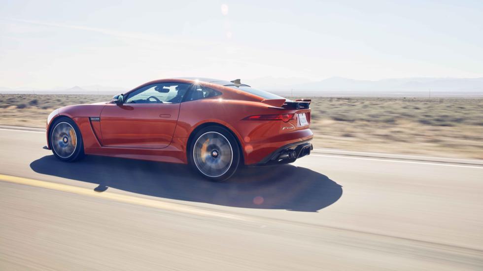 jaguar f-type svr carretera rapida
