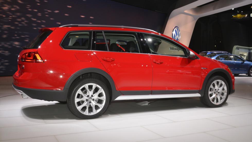 Volkswagen Golf Alltrack mercado de Estados Unidos tres cuartos trasera