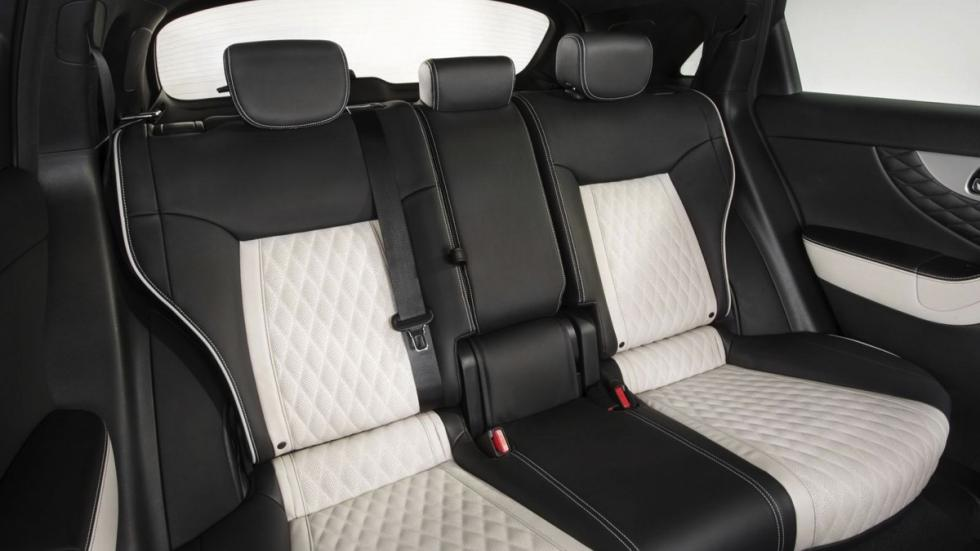 Infiniti QX70 Limited asientos