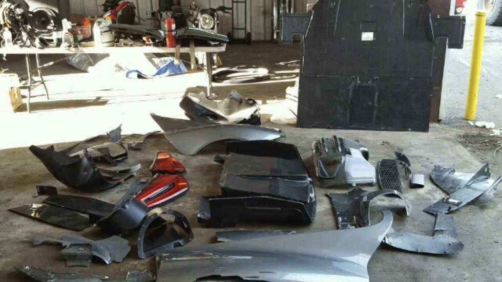 Porsche 918 Spyder accidentado partes