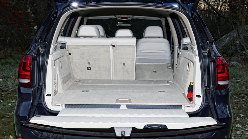 BMW-X5-eDrive-maletero