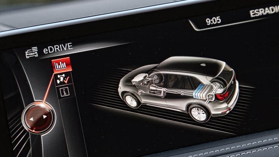 BMW-X5-eDrive-pantalla-central