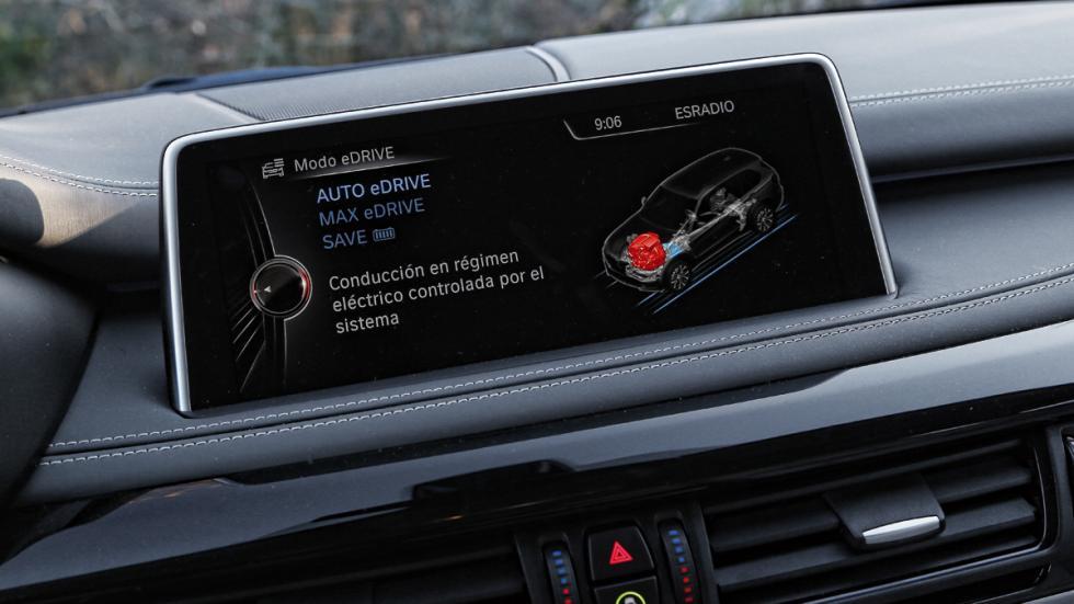 BMW-X5-eDrive-pantalla-central-2