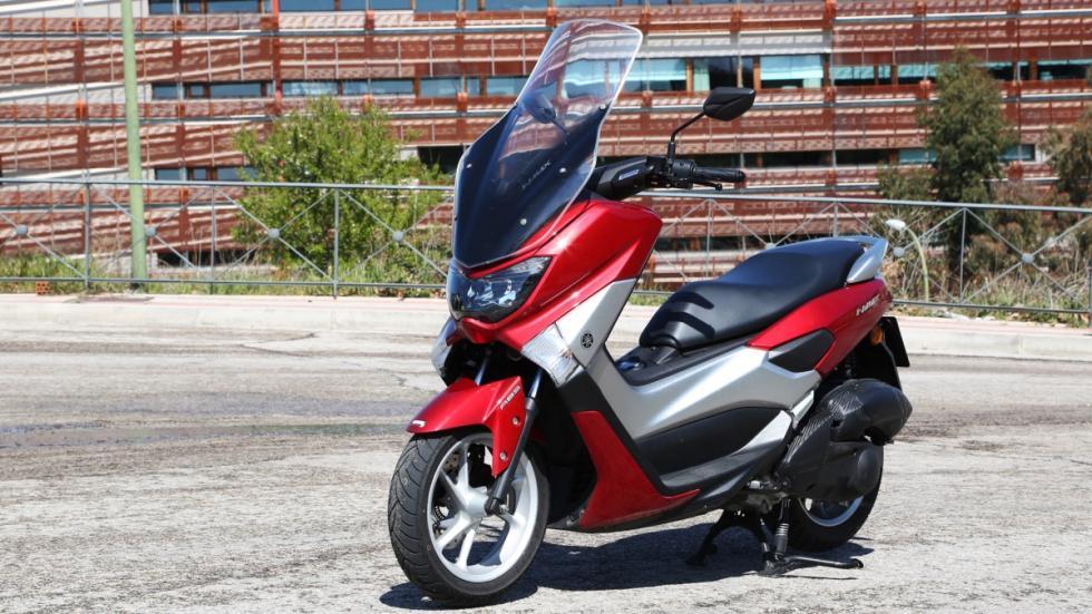 Prueba-Yamaha-N-Max-125-2016-estática-tres-cuartos