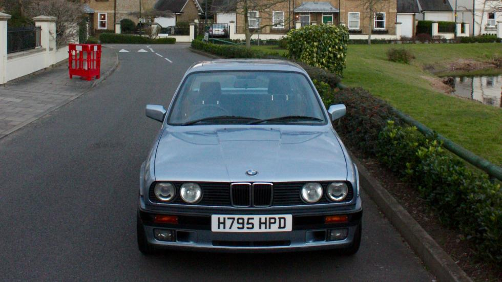 BMW E30 325i morro