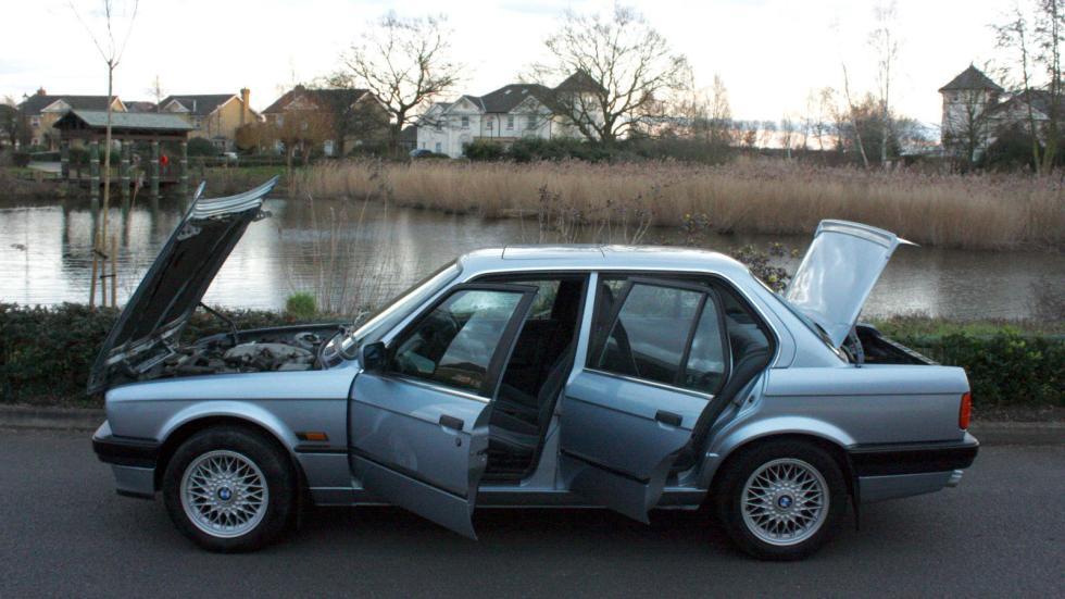 BMW E30 325i lateral