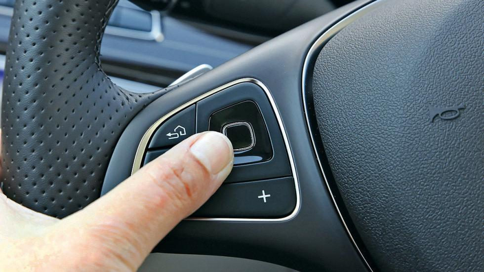 Mercedes Clase E 2016 interior volante