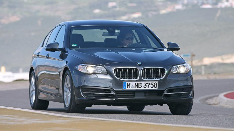 BMW Serie 5 curva