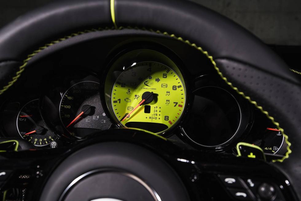 Porsche 911 Carrera y Turbo by Techart cuadro mandos