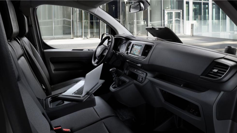 interior de la  Peugeot Expert 2016