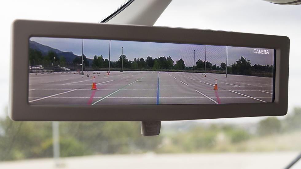 pantalla retrovisor interior inteligente