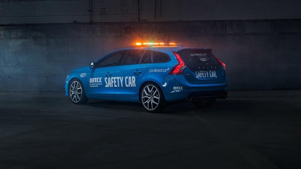 Volvo V60 Polestar Safety Car del WTCC tres cuartos traseros