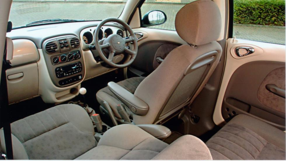 interior del Chrysler PT Cruiser