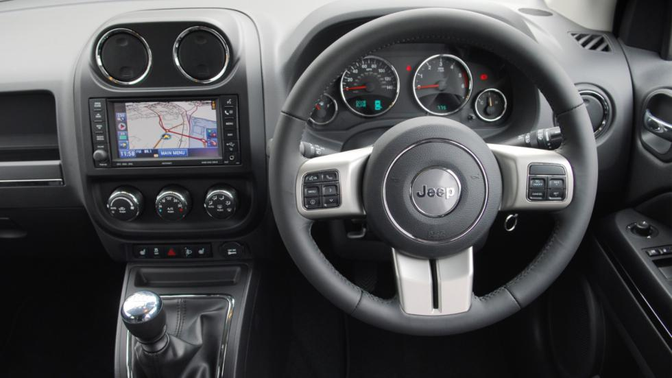 interior del Jeep Compass