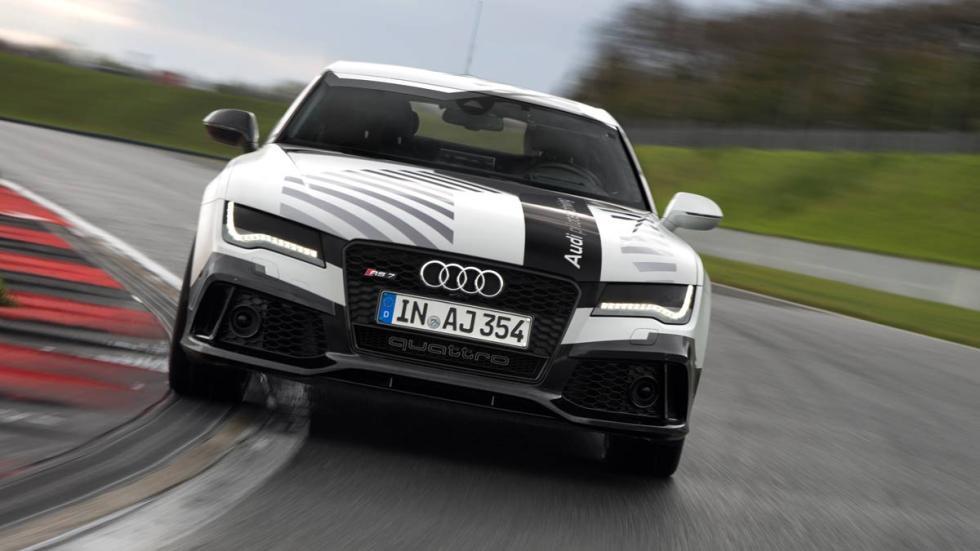Audi RS 7 autónomo en pista