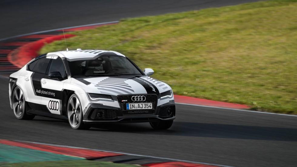 Audi RS 7 autónomo circuito ascari