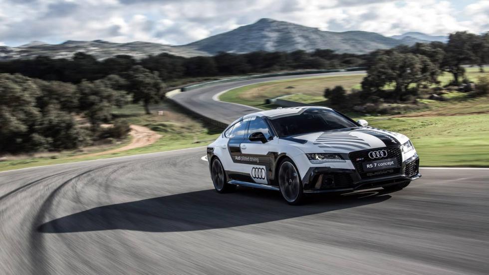 Audi RS 7 auto pilotado en Ascari resort