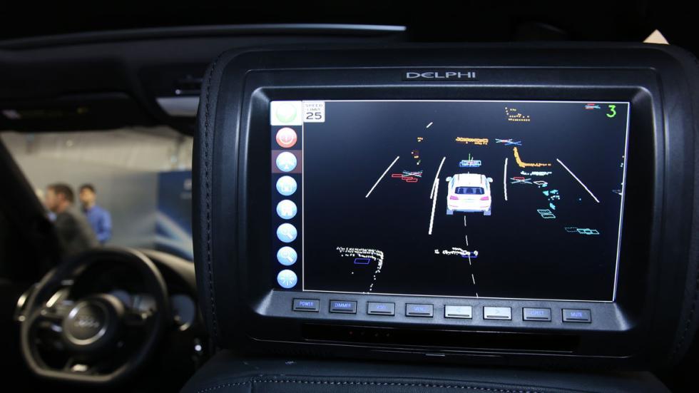Audi SQ5 autónomo pantalla