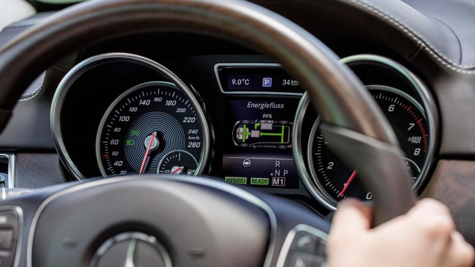 Mercedes GLE 2016 relojes