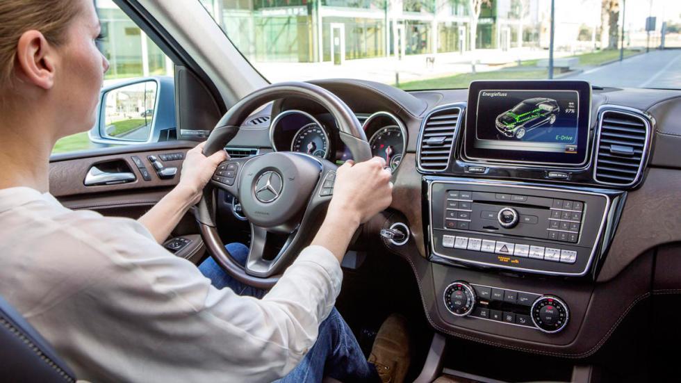 Mercedes GLE 2016 puesto de conduccion