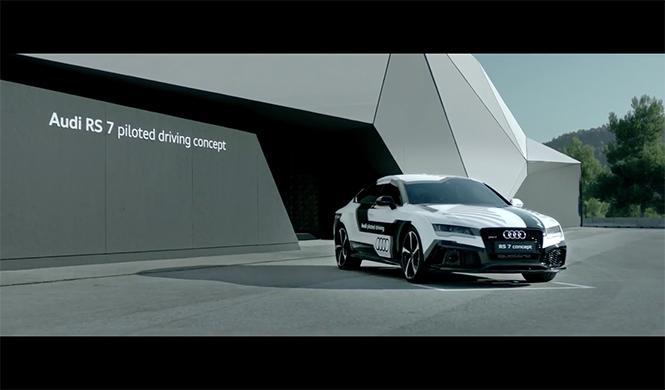plantilla del Barça se sube al Audi RS7 que conduce solo 8