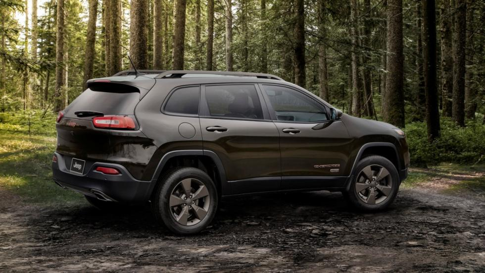 Jeep Cherokee 75º Aniversario trasera
