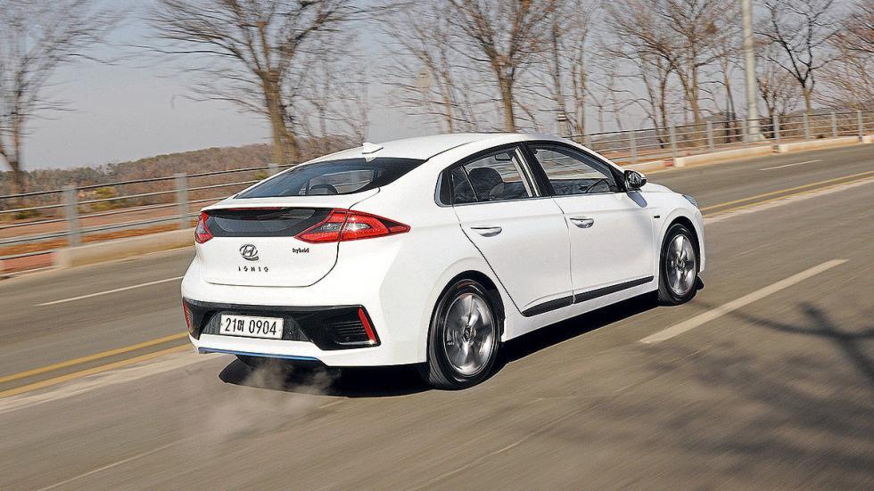 Hyundai Ioniq pilotos dinámica