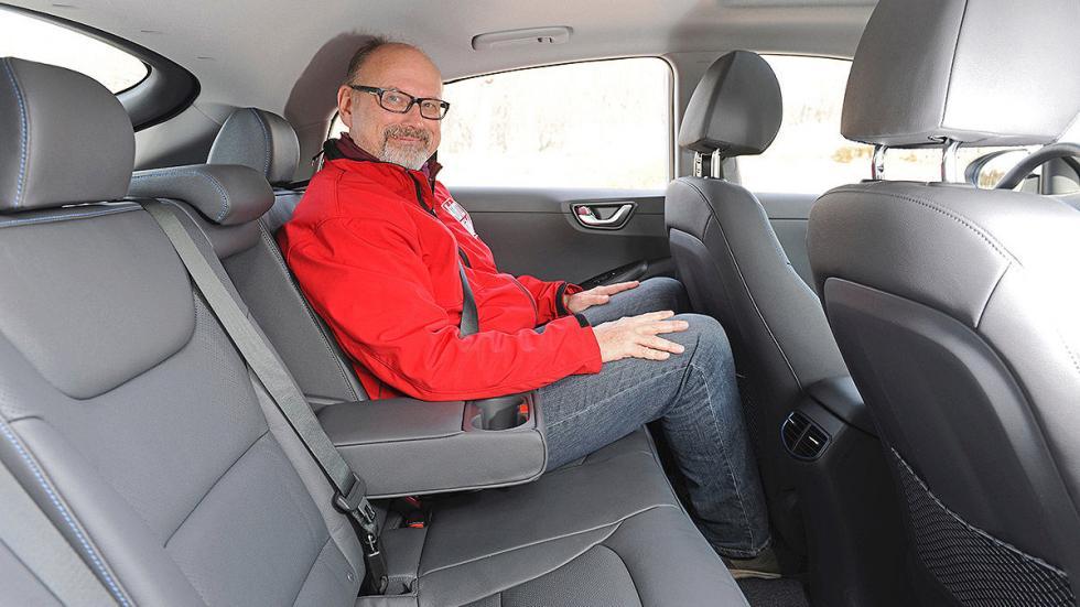 Hyundai Ioniq traseras