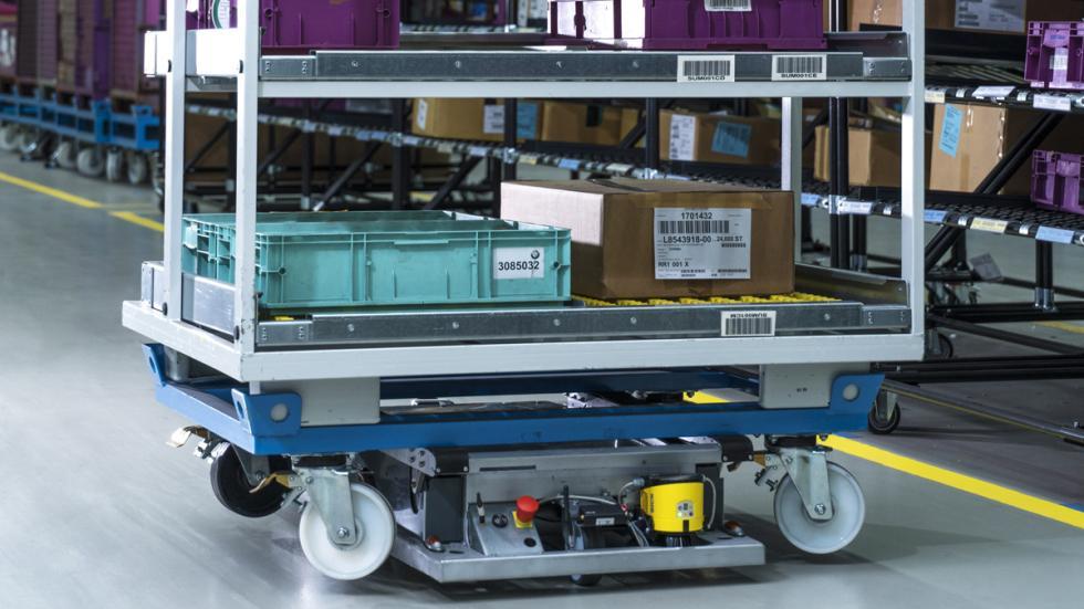 robot autonomo bmw logistica
