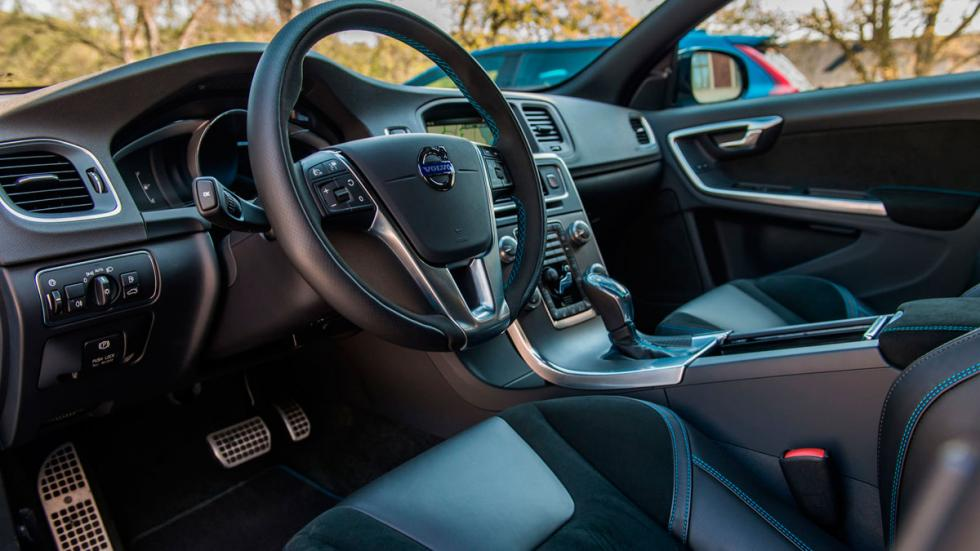 Volvo S60 V60 Polestar interior